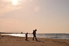 砂丘姉妹、海を行く。
