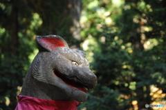 三峯神社のオオカミ