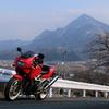 故郷の山とバイク