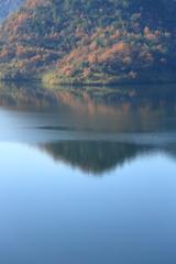 奥津湖秋景
