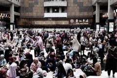 台北駅のおひる