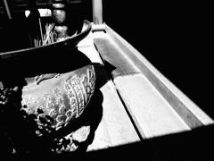 真昼の香炉
