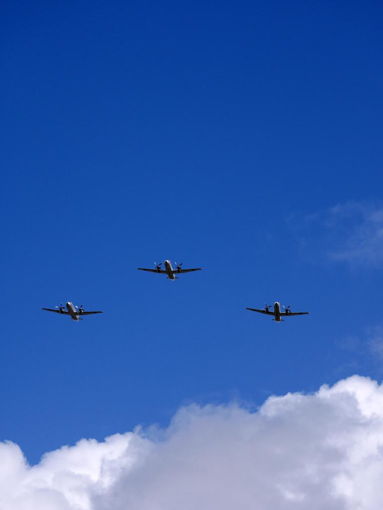 雙十節の空軍輸送機
