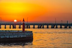 片瀬漁港の日出(冬至)