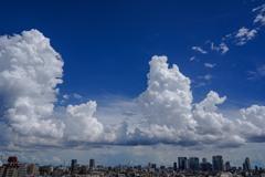 東京上空の巨大雲