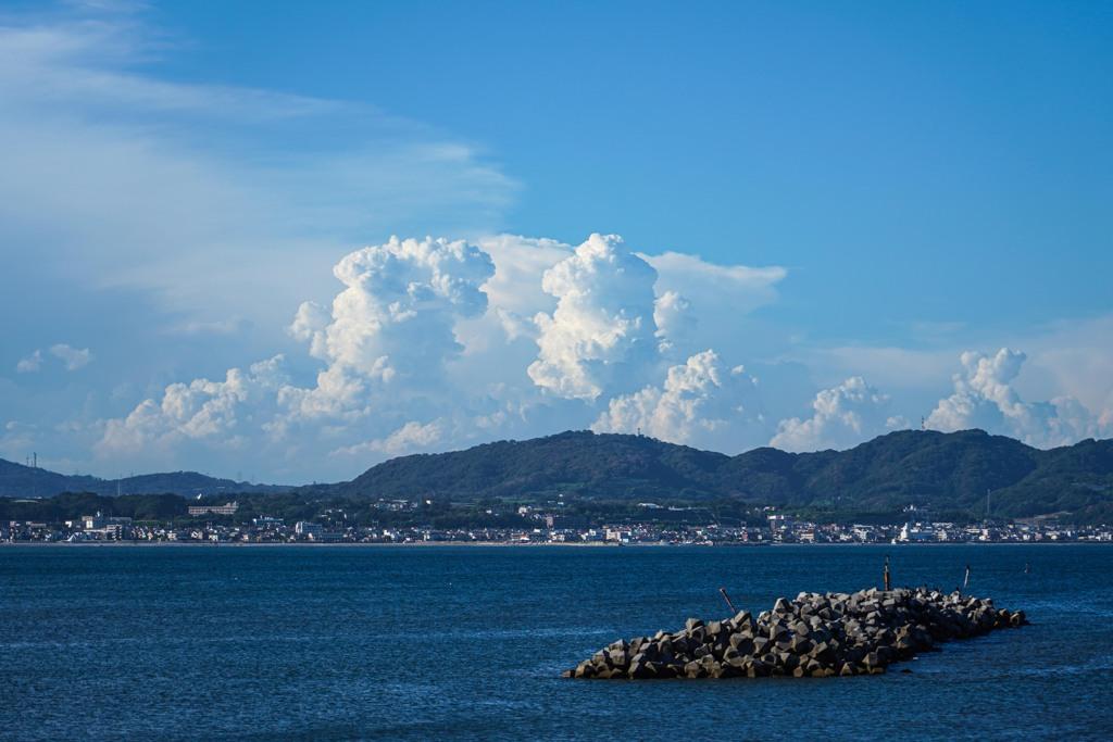 湧き上がる雲の日