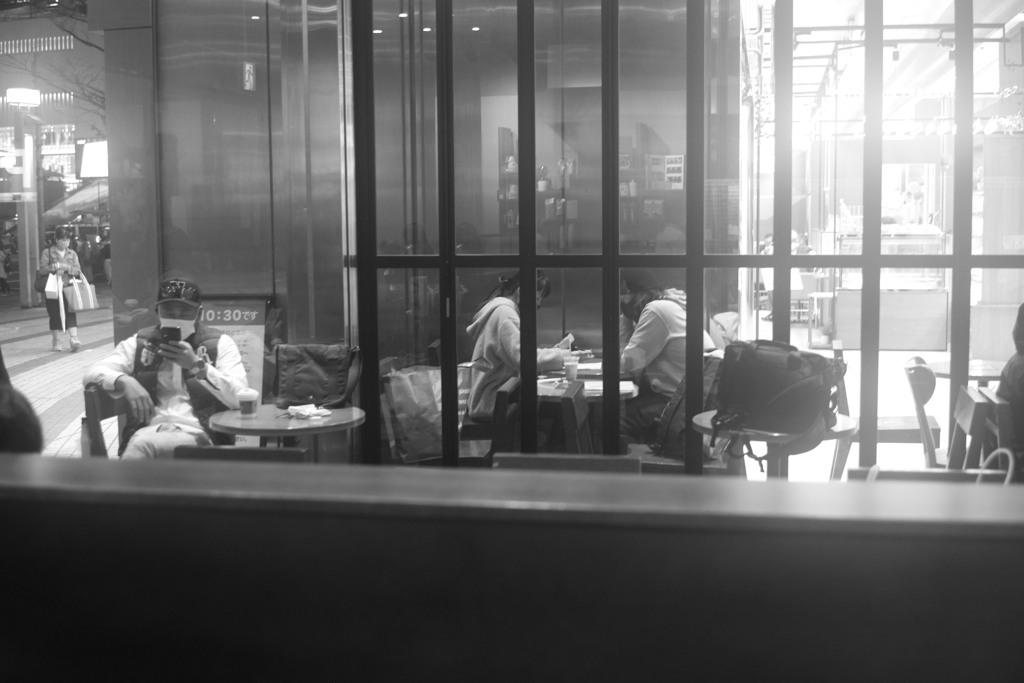 それぞれのカフェ