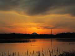 富士映る手賀沼の夕焼け