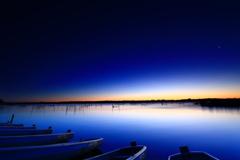 船着き場の夜明け
