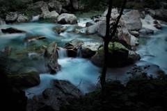 渓谷 - 癒しの音に浸る -