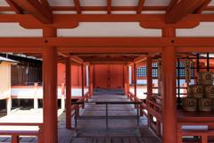 厳島神社の神殿