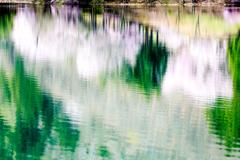 湖面に春を描く3