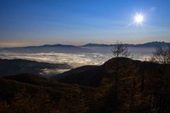高原から望む朝