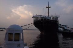 横浜港の夕暮れ