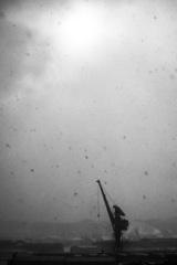 雪降る造船所
