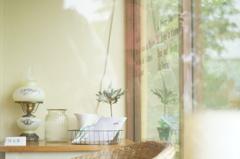 雨の日のカフェテラスにて #3