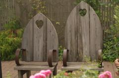 ハートのベンチ