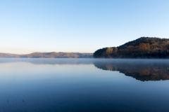 早朝の水面