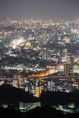 こうやって切り取ってみると広島が大都会に見える。
