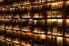 右上のブタとキツネの本が気になる