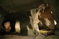 夕日さしこむ洞窟