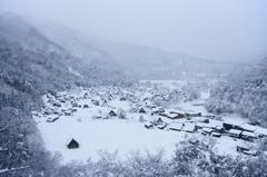 雪中白川郷遠景図