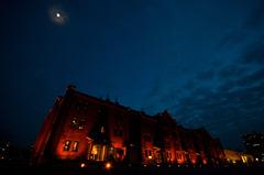 横濱赤煉瓦倉庫月光図