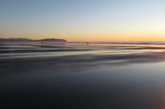 引き潮の砂浜
