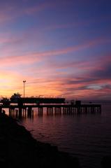 夕焼けの桟橋