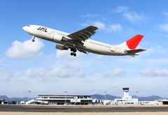JAL A300-600R 出雲を飛び立つ