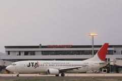 JTA B737-400と出雲空港