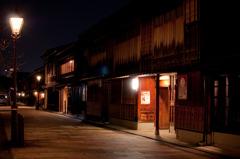 夜のひがし茶屋街