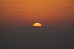 日の出 五月山から1