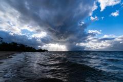 荒れる琵琶湖