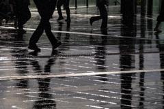 突然の雨 2