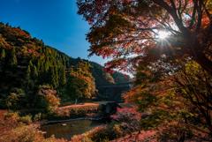 秋晴れの水沼ダム