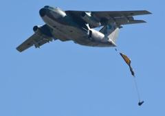 C-1陸自空挺降下!