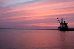 埠頭の夕景