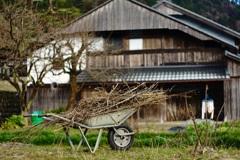 田舎暮らしの必需品
