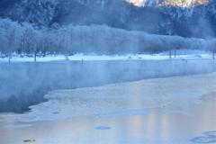 凍てつく楽園