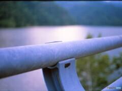 帰りのダム湖でボ―っとする・・