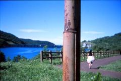 夏のダム湖と錆び・・・