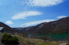 ダム湖 ハレノヒ
