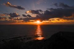 沖縄の夜明け