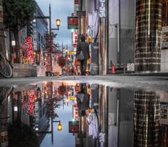 水たまりの街 2
