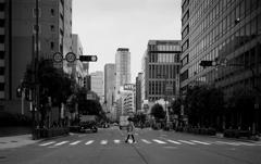 monochrome city 11