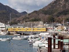 第千六百四十二作  「寒空を 突つ切る汽車の 潔さ」 広島県忠海