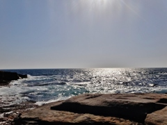 第二千六十作  「大海 大きな岩が ここにおちつく」  和歌山県白浜
