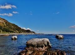 第二千四百五作 「くじら岩へ登れば 海よ 海よ ふるさとの海」 千葉県鴨川
