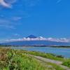 第二千五百九十作 「並んで見あげて 夏富士まともに」 静岡県富士